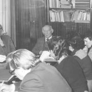 Spotkanie z okazji Jubileuszu prof. dr Kazimiera Kubika (17.X.1980). Od lewej: doc. dr hab. Halina Borzyszkowska, prof. dr Kazimierz Kubik, prof. dr hab. Klemens Trzebiatowski.