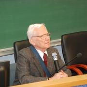 """Prof. dr hab. Lech Mokrzecki wygłasza """"pedagogiczne credo"""""""