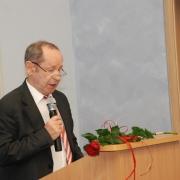 Kierownik Zakładu Teorii Wychowania prof. UG dr hab. Jan Papież przedstawia sylwetkę Jubilata – prof. dr. hab. Jana Żebrowskiego
