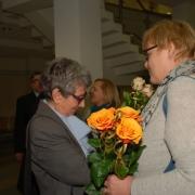Życzenia prof. dr hab. Joannie Rutkowiak składa prof. UG dr hab. Maria Szczepska-Pustkowska