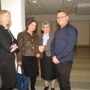 Prof. dr hab. Joanna Rutkowiak w otoczeniu gości